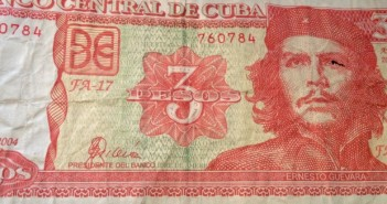 eaton-cuba-5-money-che-3-peso-bill